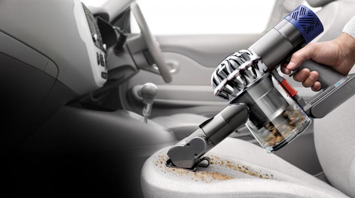 掃除機のダイソンがシガーソケット充電可能なハンディクリーナー「V6 Car+Boat Extra」を発売開始。