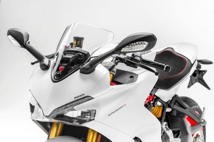 ドゥカティ、インターモト2016で937ccの新型スポーツツアラー「SuperSport」を公開。