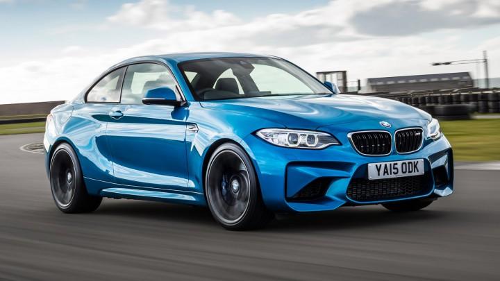 BMW、「M2クーぺ」に6速MTモデルを追加して2017年1月より発売。
