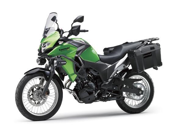 カワサキ、239ccパラツインエンジン搭載小排気量アドベンチャーバイク「ヴェルシスX300」を発表。