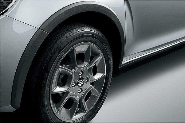 スズキ、人気のコンパクトクロスオーバー「イグニス」の特別仕様車「Fリミテッド」を販売開始。