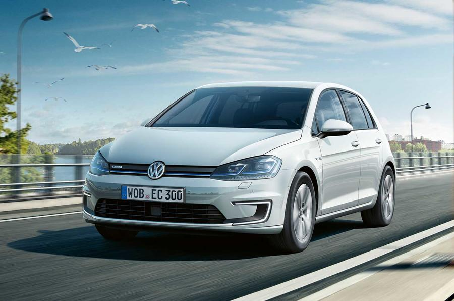 フォルクスワーゲン、電気自動車「e-ゴルフ」の2017年モデルを公開。航続距離約50%アップ。